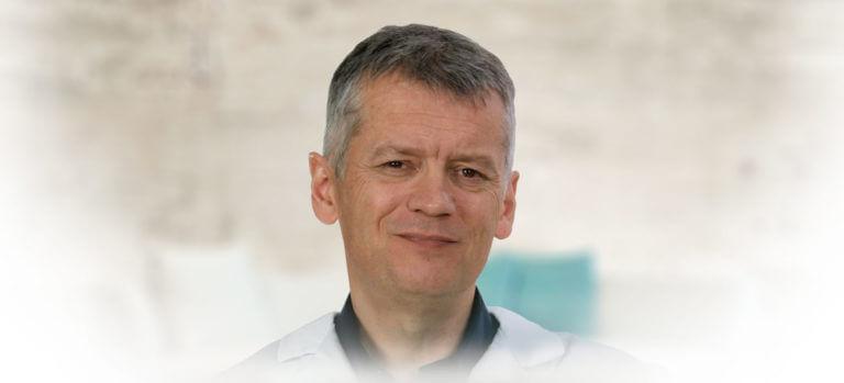 Dr. Philippe Pencalet - Neurochirurgien, Neurologue, Docteur en médecine et en Neurosciences, spécialiste du cerveau et de l'hypnose